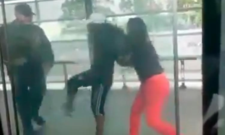 Mujeres agredieron a guarda en estación del MIO